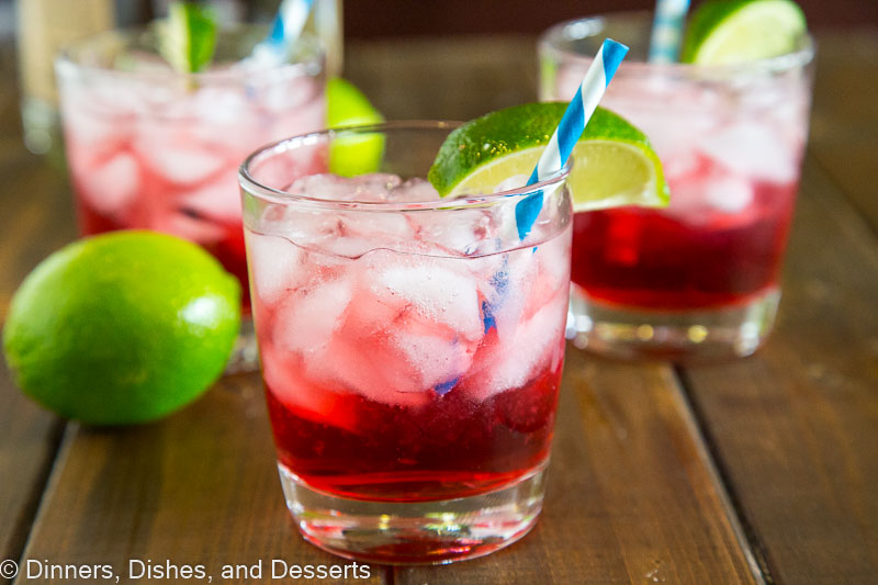 Vodka Cranberry - a classic cocktail made at home!