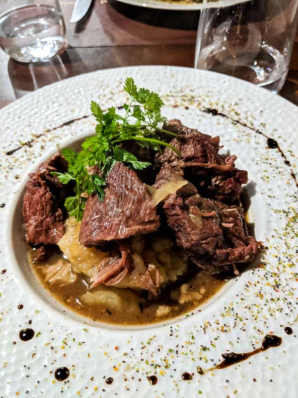 Where to Eat in Paris - Planning a trip to Paris and wondering where to eat?  Here are some of our favorites from out trip!  Meal from L'ilot