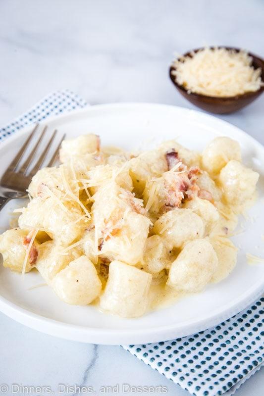 Cauliflower Gnocchi Carbonara - rich and creamy carbonara with cauliflower gnocchi, for a quick, easy, healthy, and delicious dinner!