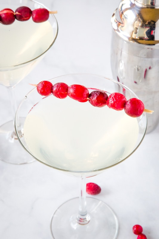White cosmo recipe is super easy to make and great for winter parties