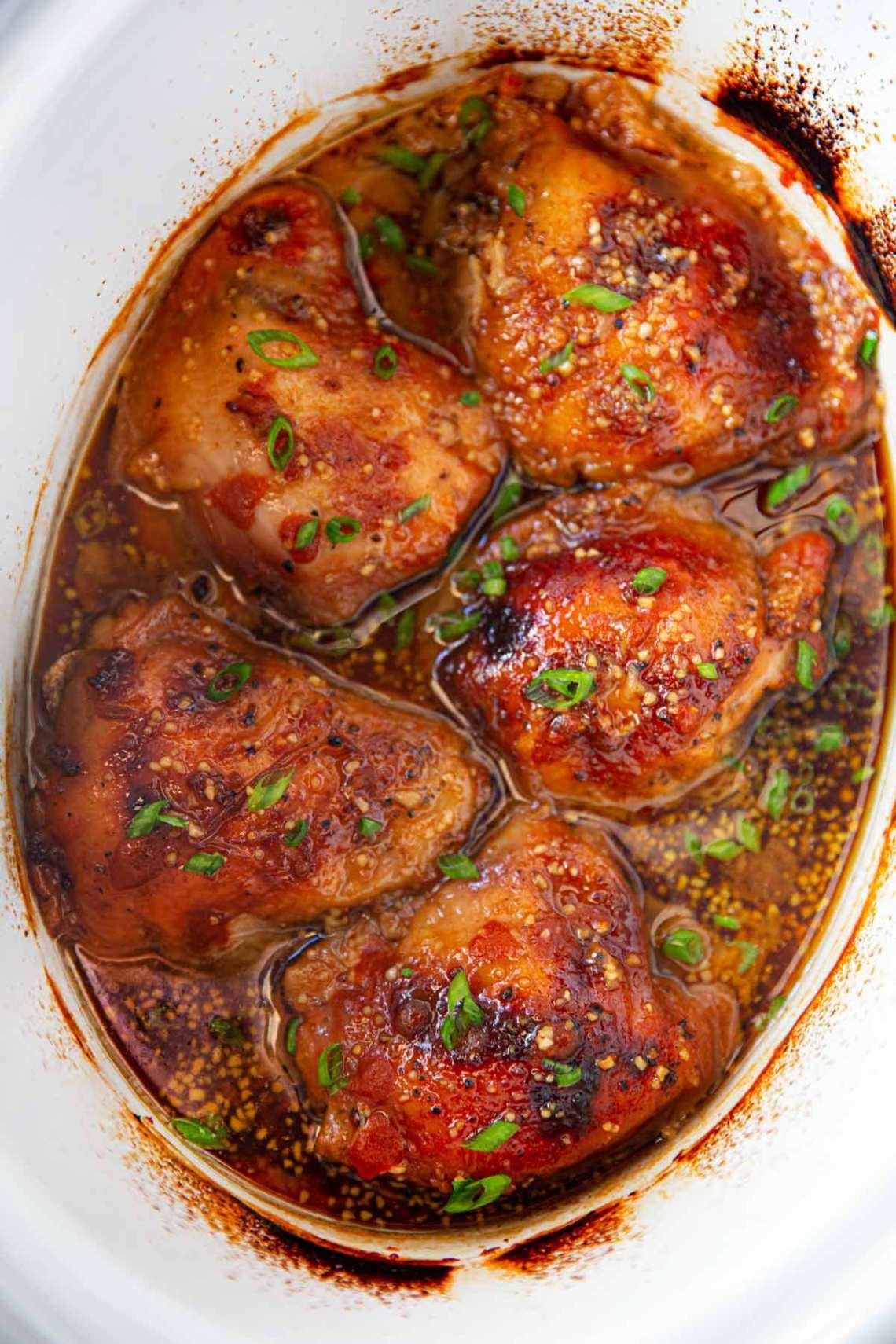 Easy Slow Cooker Brown Sugar Sriracha Chicken Recipe ...