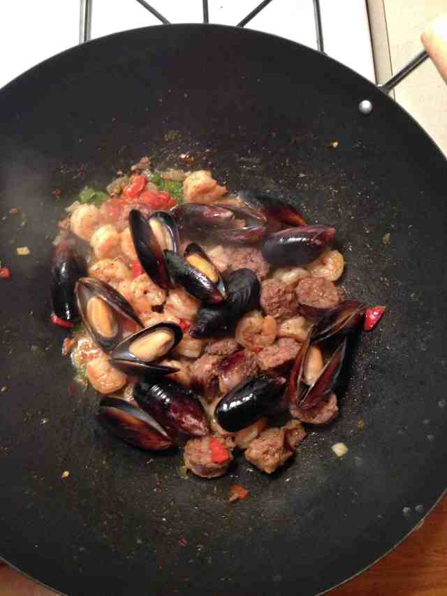 Mixed Paelle Dish (Seafood & Meat)