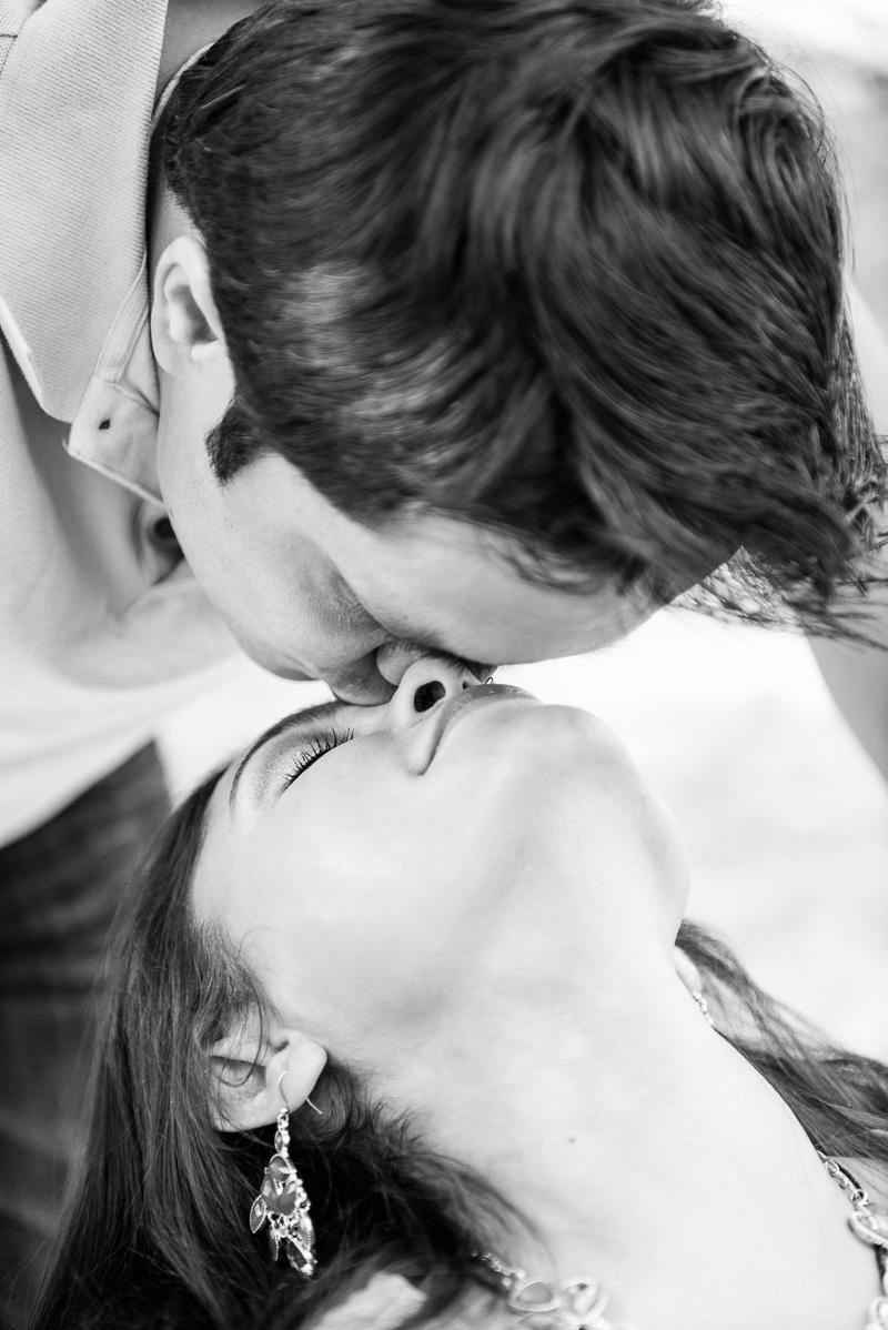 Ashish-and-Jignasa-Engagement_501