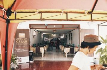 Ini dia dalam Tempat Makan Madura