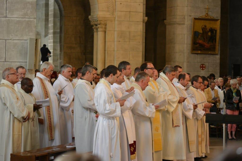 ordination_Nicolas jean_Luc_web-13