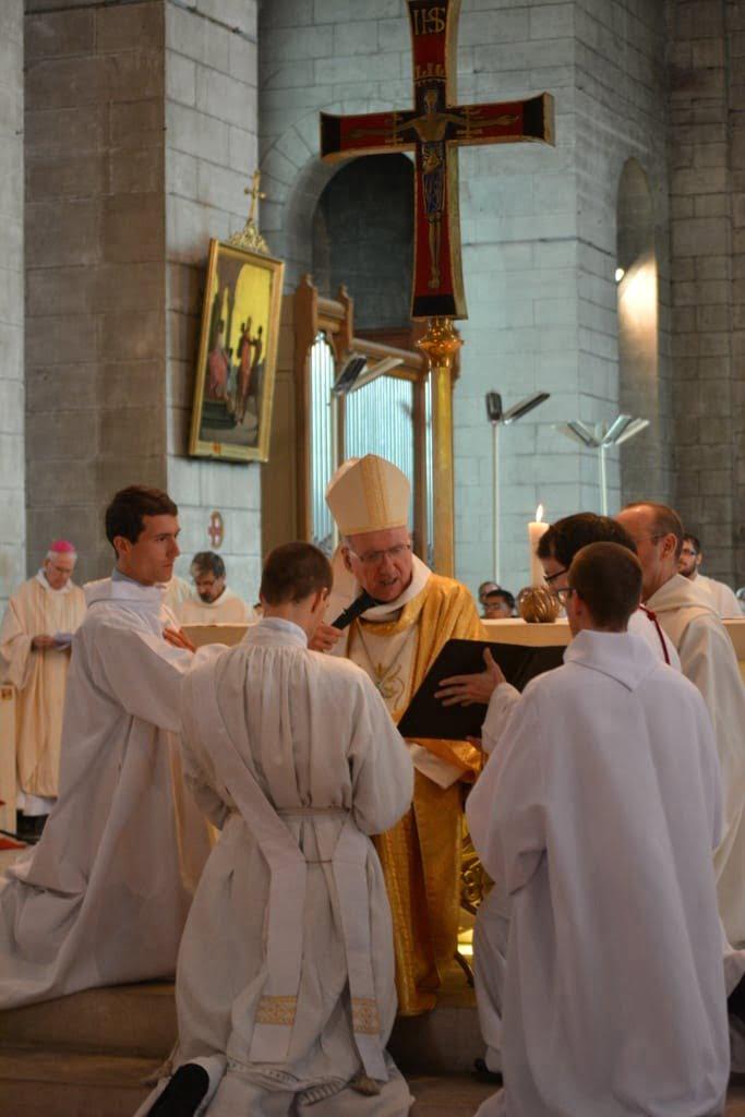 ordination_Nicolas jean_Luc_web-16