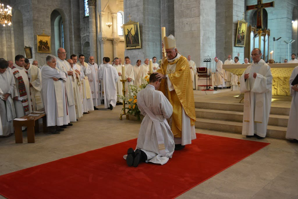 ordination_Nicolas jean_Luc_web-20