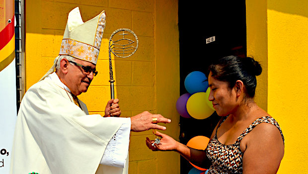 Visita del Cardenal Álvaro Ramazzini