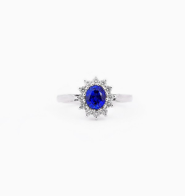 blue-sapphire-diamond-engagement-ring-style-1-0
