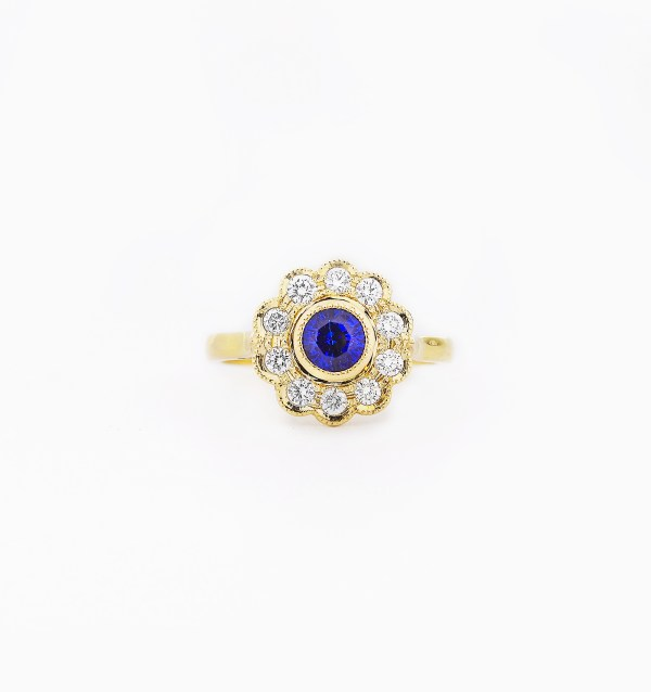 blue-sapphire-diamond-engagement-ring-style-2-0