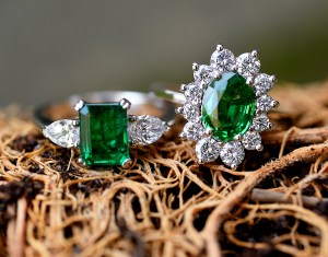 emerald-rings-collection