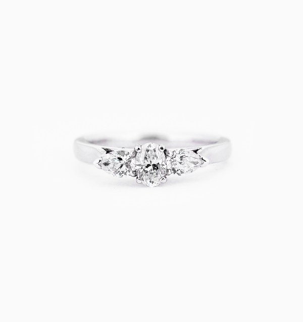 diamond-three-stone-engagement-ring-0-1