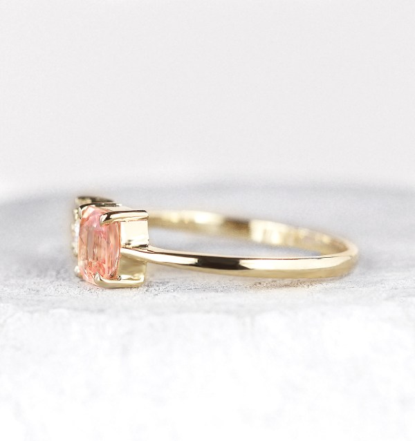 peach-sapphire-and-diamond-ring