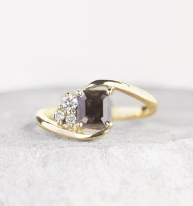 black-diamond-ring