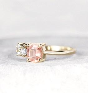 peach-sapphire-ring