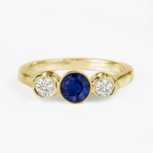 sapphire-engagement-ring