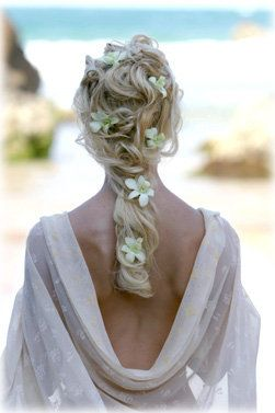 beach wedding hairstyles dipped in lace