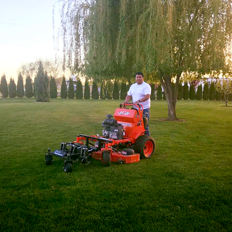 lawn mowing and landscape mantanance