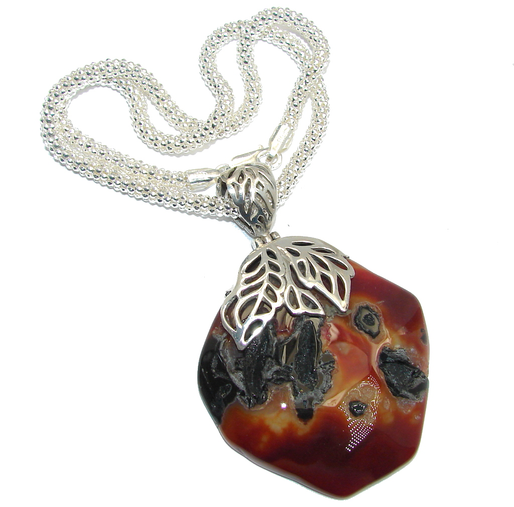 Aura Of Beauty Natural Agate Sterling Silver necklace