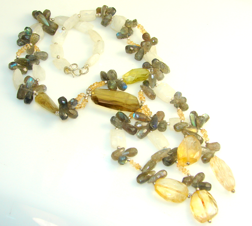 Aura Of Beauty Labradorite Sterling Silver necklace
