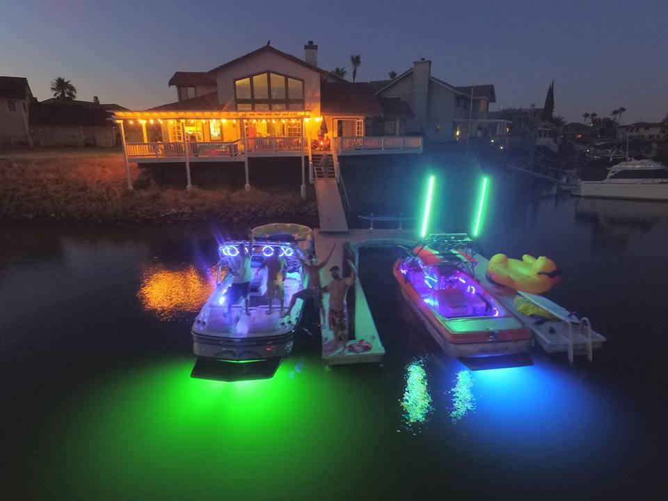 HYDRO AURORA 20 RGB LED BOAT DRAIN PLUG WITH WIFI