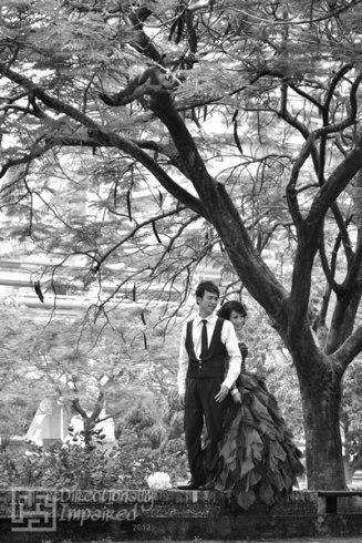 Couple's pre-nuptial photo shoot