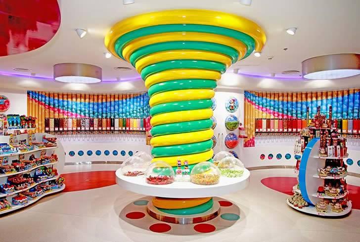 Las 10 mejores tiendas de dulces del mundo. La #7 parece ser la de Willy Wonka