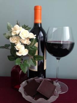 Photo of red wine and dark chocolate