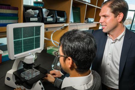 Hoggatt and Chou in the lab
