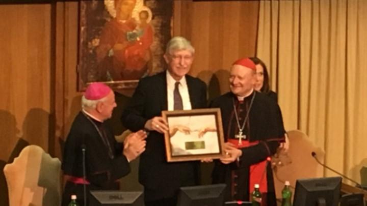 Francis Collins receives award from Cardinal Gianfranco Ravasi