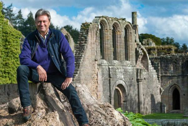 Secrets of the National Trust: Top 10 Country Houses with Alan Titchmarsh