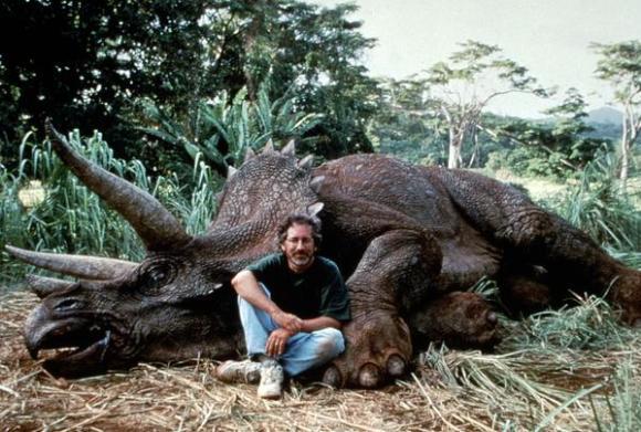 spielberg e dinossauro