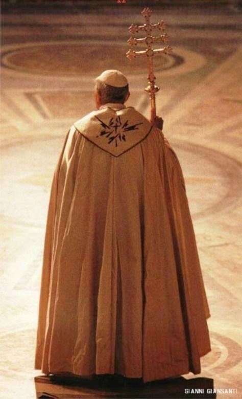 João Paulo II pluvial férula 3 barras abertura Ano Redenção 25 março 1983