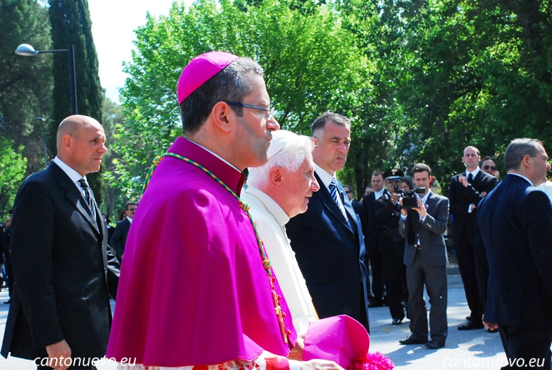 Bento XVI Dom Pietro Vittorelli maio 2009