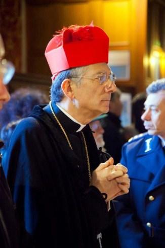 Francesco Moraglia barrete vermelho