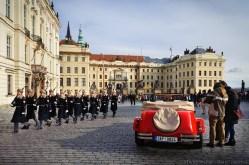 Piazza del castello, fine del cambio della guardia