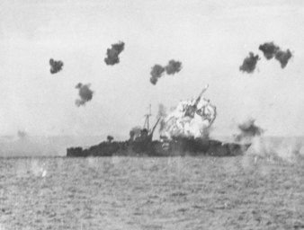 USS_Louisville_hit_by_kamikaze