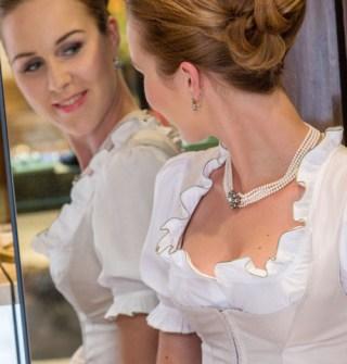 Dirndl, Brautdirndl Seide creme - Susanne Spatt