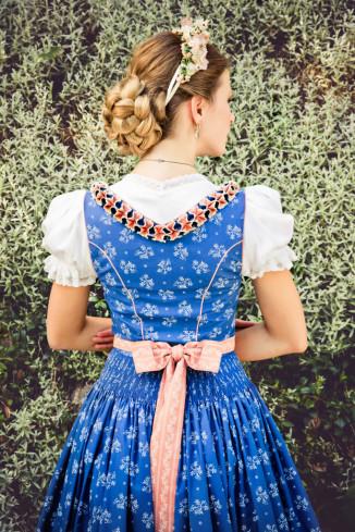 Blaudruckdirndl - Lena Hoschek Dirndl Frühjahr/Sommer 2015