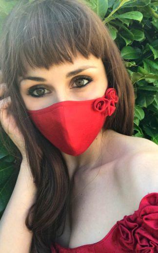 Design Gesichtsmaske rot von Mothwurf