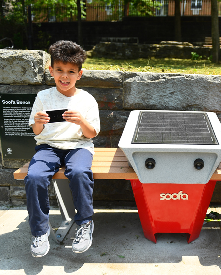 Soofa Charging Bench / NYC Parks and Recreation