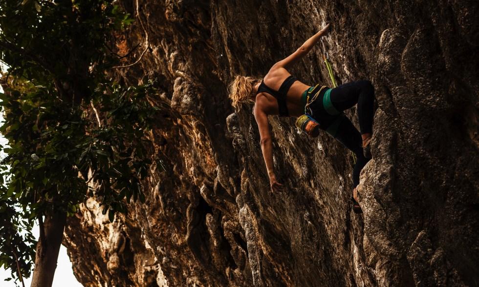 Sport climbing in Laos, Zoe Allin