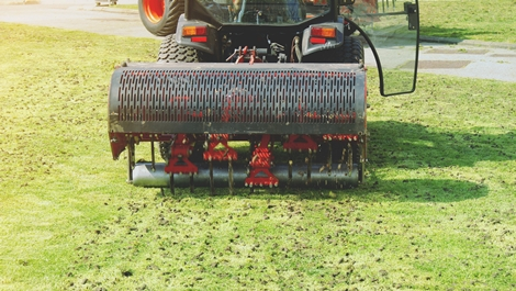 How To Aerate Your Lawn For Its Proper Growth Yearly?