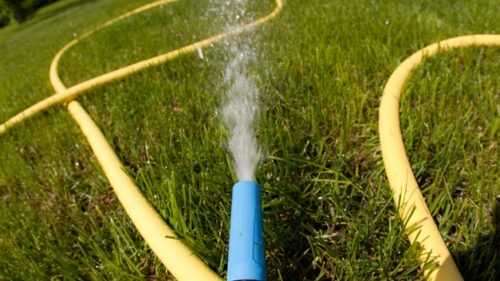 How To Increase The Water Pressure in a Garden Hose?
