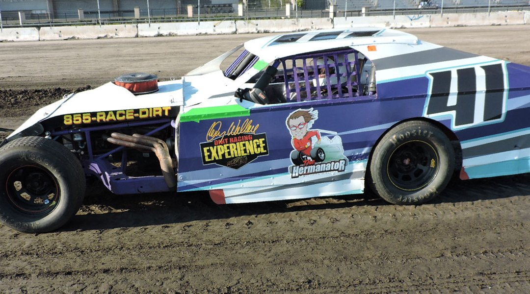 Marysville Raceway Park – Drive 5 Laps for only $89 on November 18th!