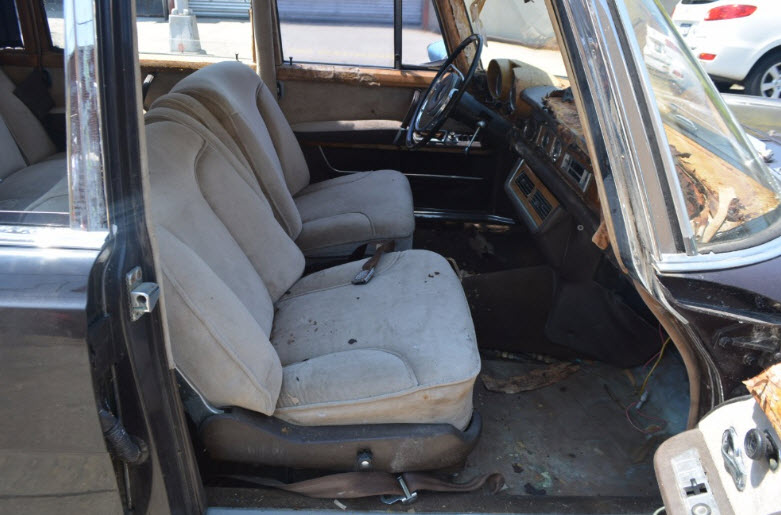 mercedes-600-sedan-8
