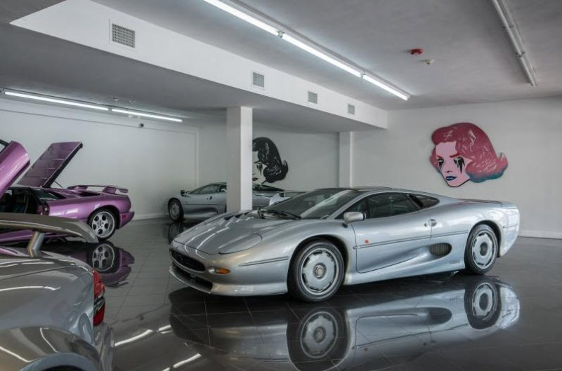 dirtyoldcars.com 1993 Jaguar XJ220 Found in Florida 6