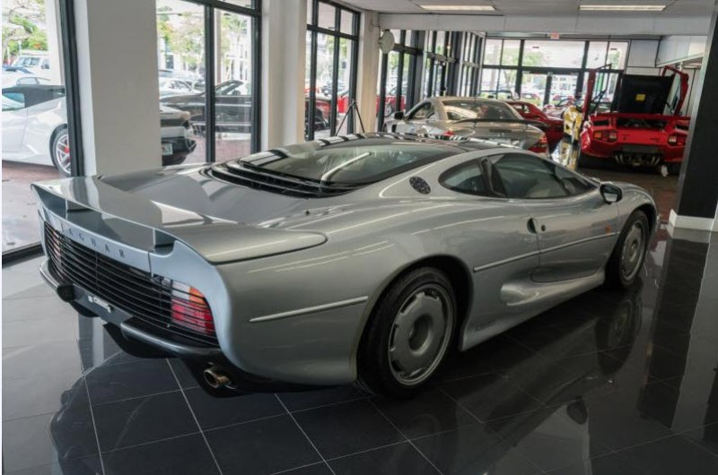 dirtyoldcars.com 1993 Jaguar XJ220 Found in Florida 9
