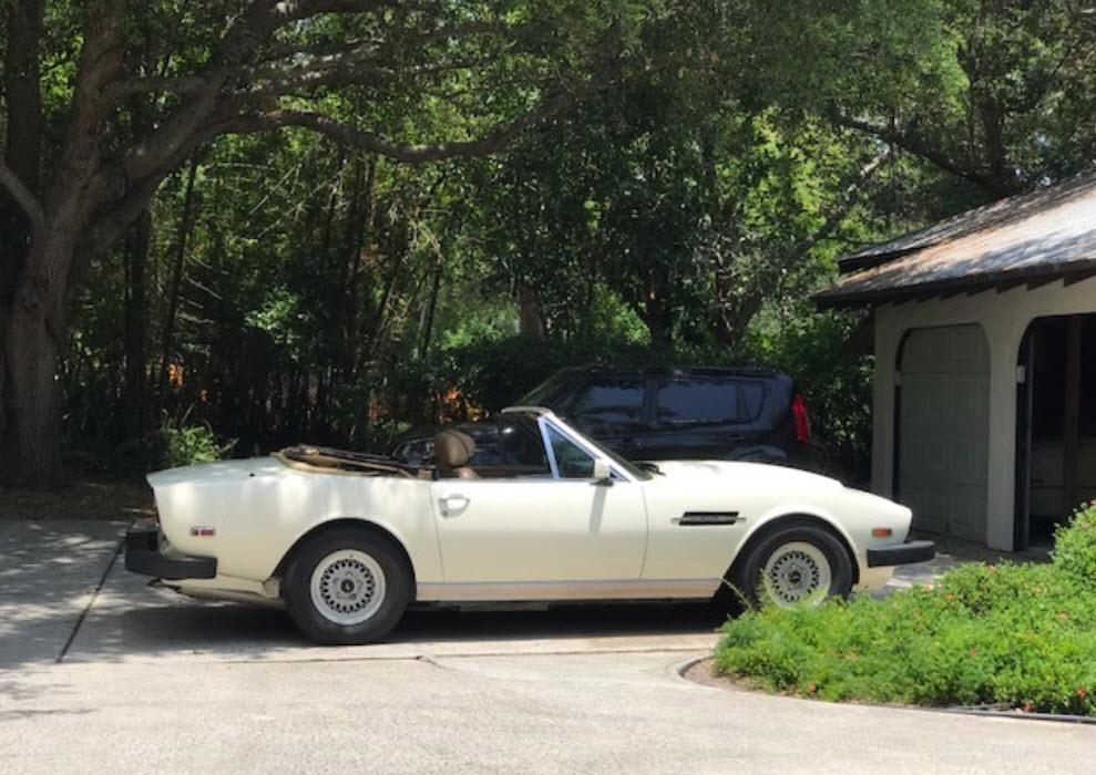 dirtyoldcars.com 1986 Aston Martin V8 Volante Found in New York 7