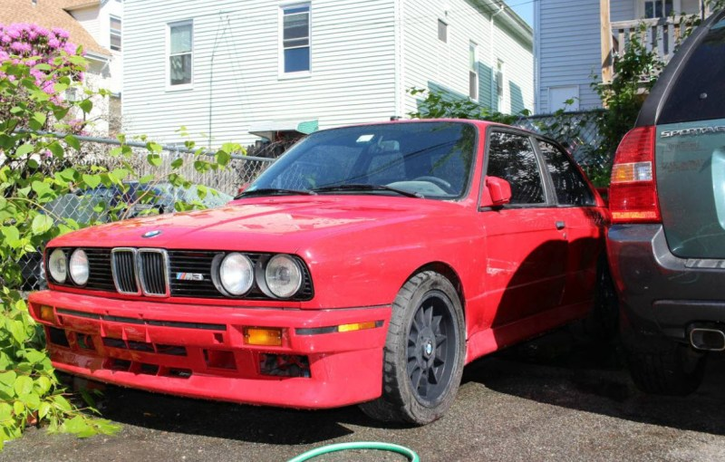 dirtyoldcars.com 1988 BMW E30 M3 Found in Lynn Massachusetts 11